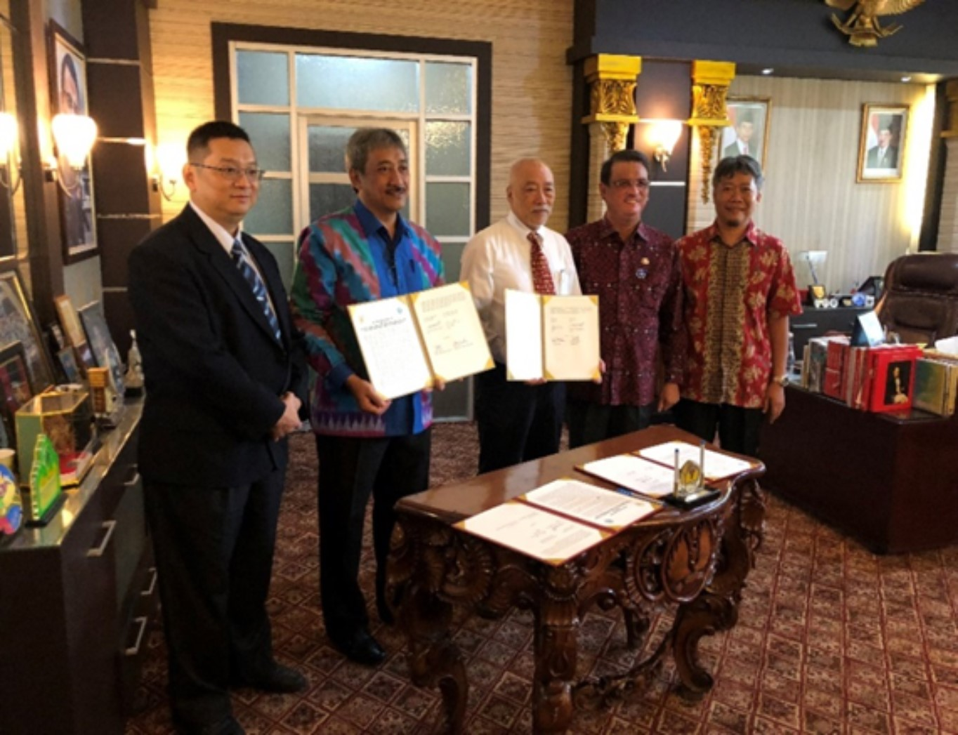 2018.9.20 Signing of MOU and MOA between delegates of Tanjungpura University, West Kalimantan, Republic of Indonesia, and the National Taitung University on August 23, 2018.