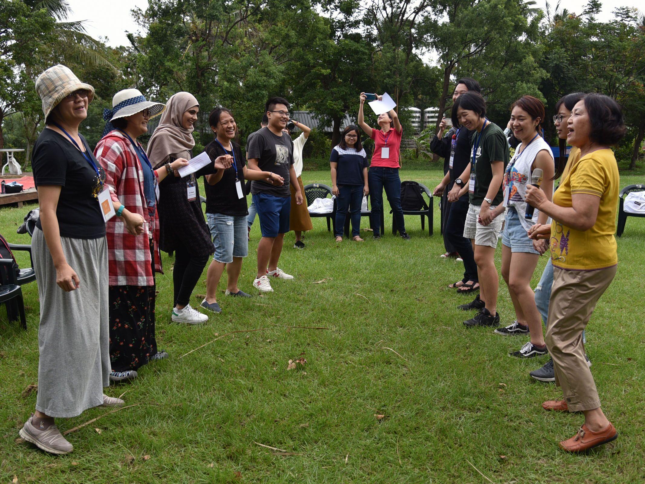 跨國交流,一扇開啟便關不了的門 ----「臺印尼東南亞族群文化與社會科研中心維運計畫」學生交流實錄(下)的標題圖片