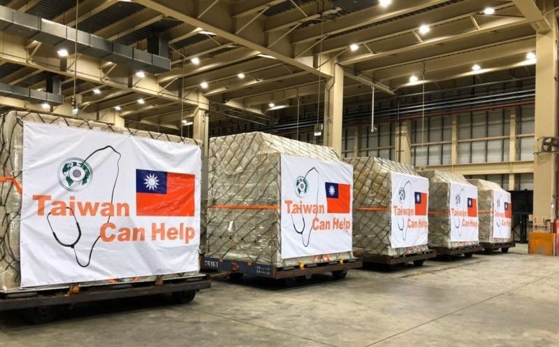 第二波國際援助啟動 6百萬口罩捐北中東歐、拉美、新南向等國的標題圖片