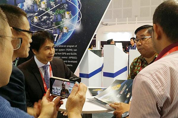 國研院國家太空中心主任與LAPAN官員進行雙邊合作討論