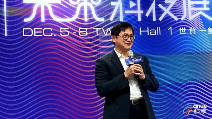 和碩董事長童子賢今出席未來科技展展前記者會。(鉅亨網記者劉韋廷攝)